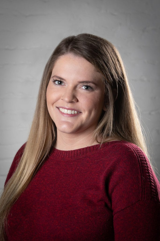 Savannah Oakley, Office Manager